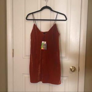 BRAND NEW Orange Velvet Shift Dress by Missguided